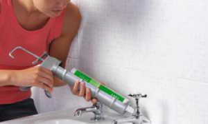Герметик для швов в ванной