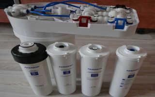 Как поменять фильтр для воды аквафор